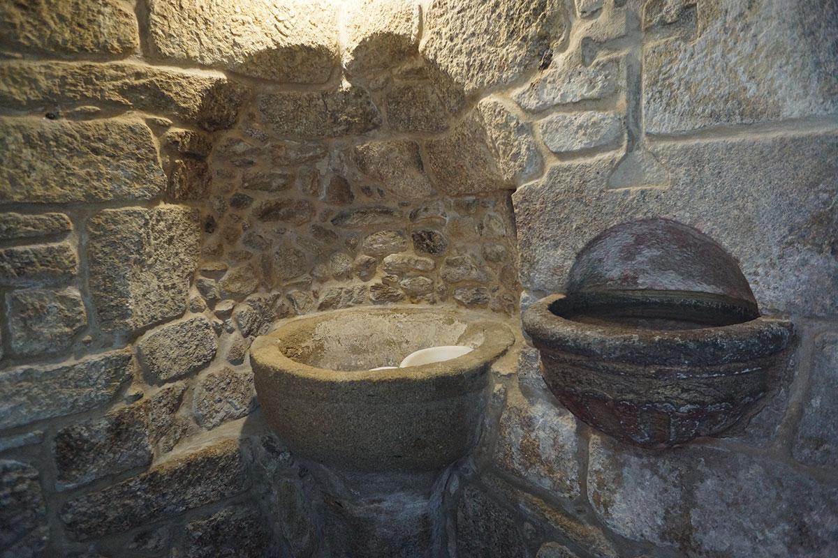Iglesia de San Miguel de Rarís - Perteneciente a la Unidade Pastoral de Milladoiro, Teo e contorna