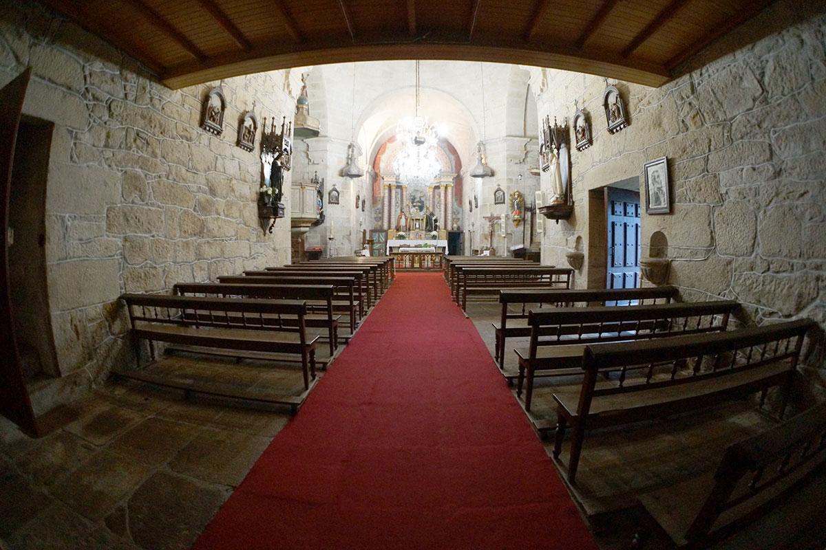 Iglesia de Santa María de Luou - Perteneciente a la Unidade Pastoral de Milladoiro, Teo e contorna
