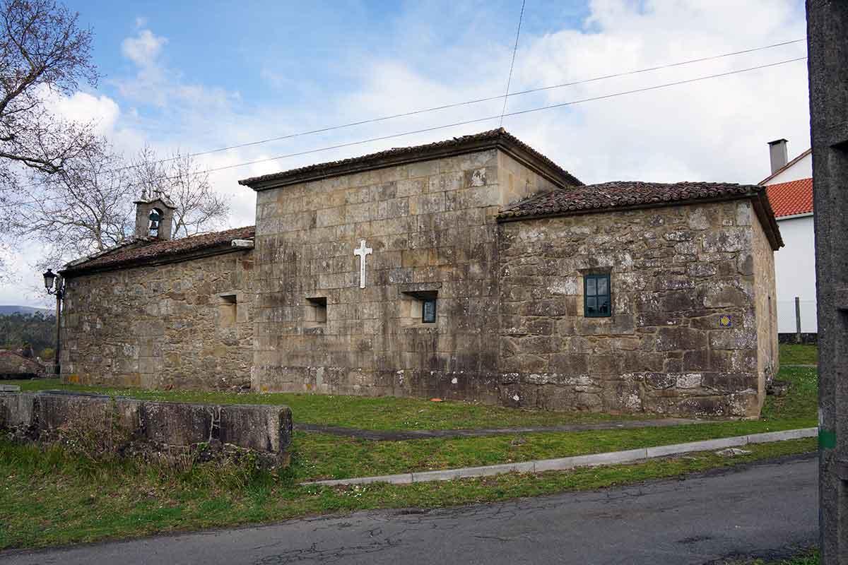 Capilla de San Martiño de Francos - Perteneciente a la Unidade Pastoral de Milladoiro, Teo e contorna