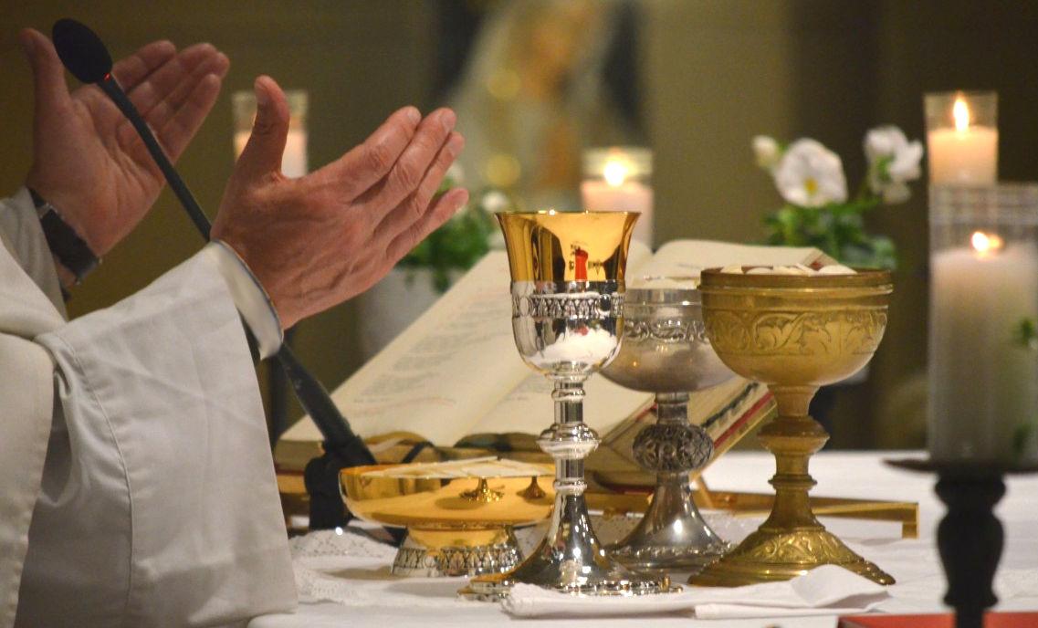 Nota pastoral de los Obispos de la Provincia eclesiástica de Santiago de Compostela sobre la participación en la Eucaristía dominical